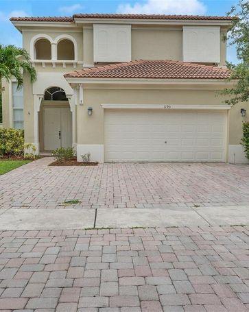 1190 NE 37th Ave Homestead, FL, 33033