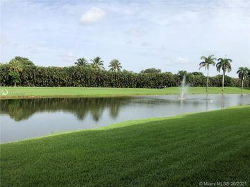9711 N Hollybrook Lake Dr #110, Pembroke Pines, FL, 33025,