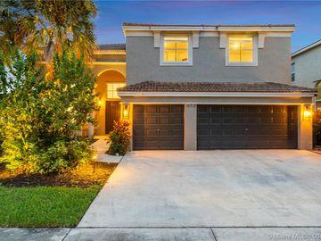 16712 SW 12th St, Pembroke Pines, FL, 33027,