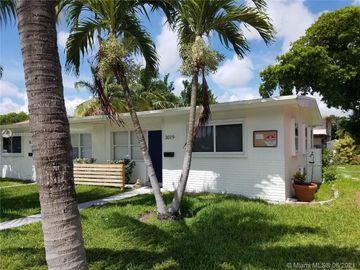Undisclosed Address, Fort Lauderdale, FL, 33306,