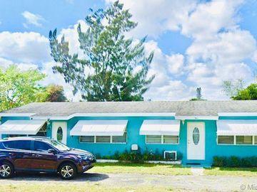 921 Burch Dr, West Palm Beach, FL, 33415,