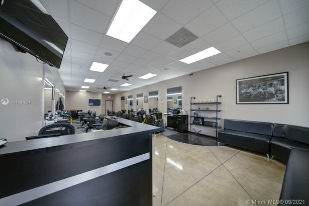 Barbershop By Tamiami Airport