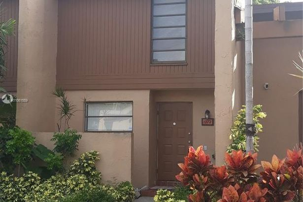 1272 NW 98th Ter #151