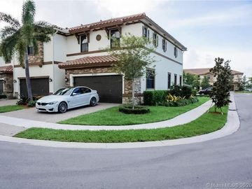 9571 S Town Parc Cir S, Parkland, FL, 33076,