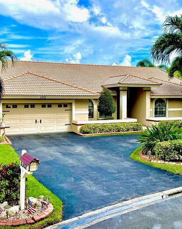 5302 NW 87th Way Coral Springs, FL, 33067