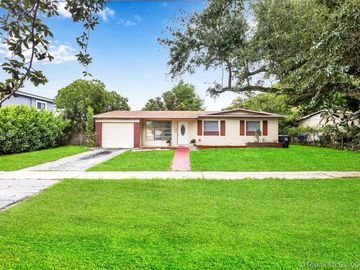 Undisclosed Address, Hollywood, FL, 33024,