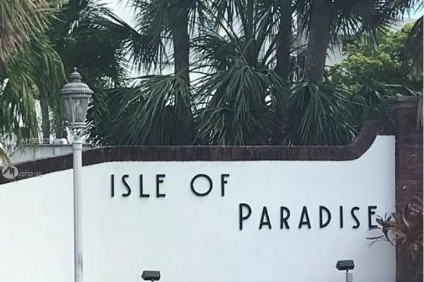450 Paradise Isle Blvd #306