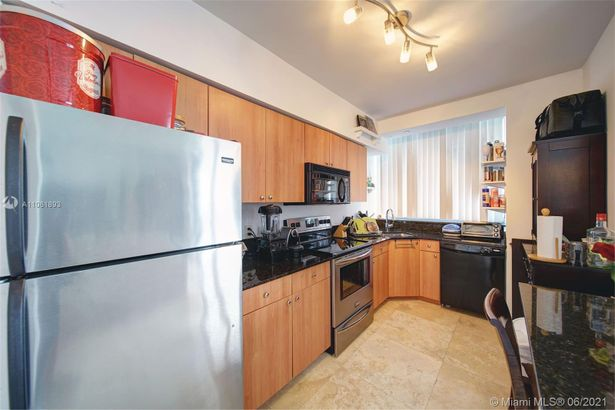 1330 West Ave #1706