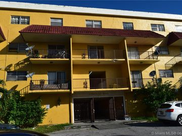 5100 SW 41 St #321, Pembroke Park, FL, 33023,