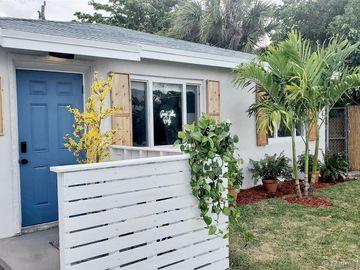 7823 Loomis St, Lantana, FL, 33462,
