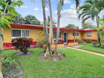 421 SW 38th Ter, Fort Lauderdale, FL, 33312,