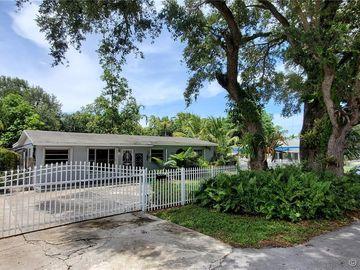 2515 NW 164th St, Miami Gardens, FL, 33054,