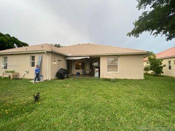 6326 Greenhedge Ct, West Palm Beach, FL, 33411,
