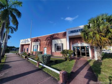 111 S 17th Ave, Hollywood, FL, 33020,