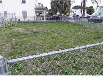 Undisclosed Address, Miami, FL, 33136,