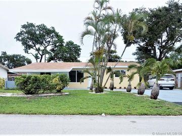 5750 SW 54th Ave, Davie, FL, 33314,