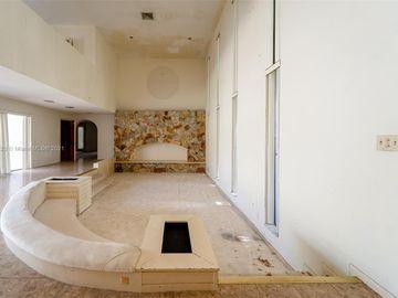 1120 Diplomat Pkwy, Hollywood, FL, 33019,