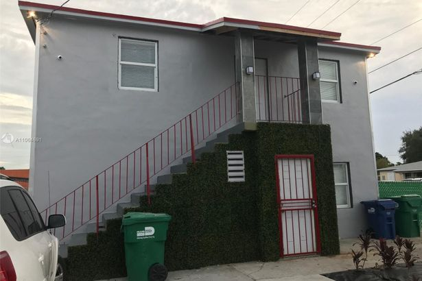 3431 NW 32nd Ave