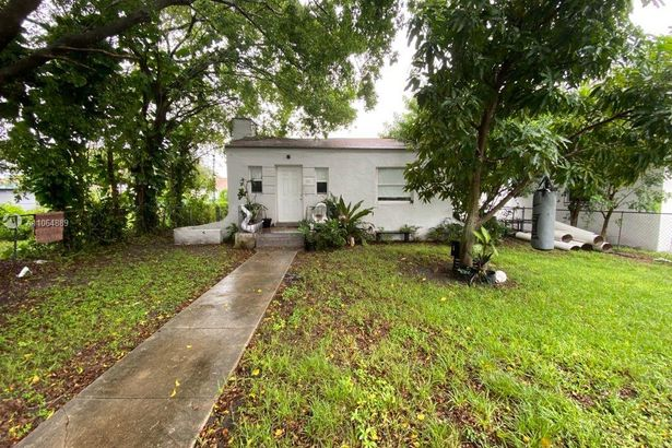 503 NW 47th St
