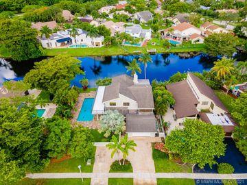 661 Mockingbird Ln, Plantation, FL, 33324,