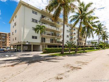 3665 NE 167th St #510, North Miami Beach, FL, 33160,