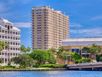 770 Claughton Island Dr #806, Miami, FL, 33131,