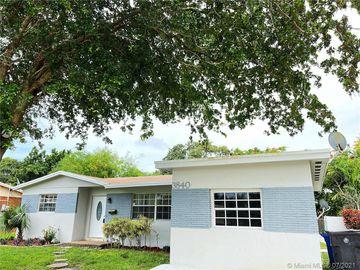 Undisclosed Address, Lauderdale Lakes, FL, 33309,