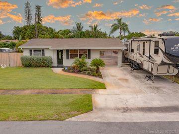 1429 W Hardee St, Lantana, FL, 33462,