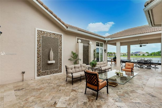 5669 S Sterling Ranch Dr