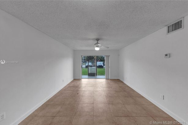 2800 NW 56th Ave #H104