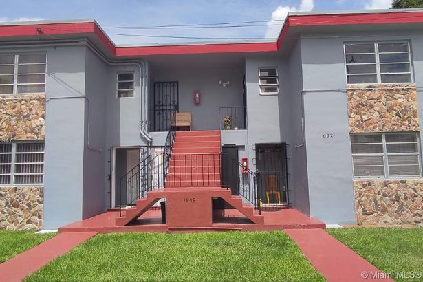 1600 NW 16th Ave
