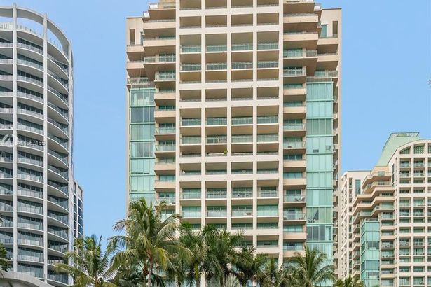 3400 SW 27th Ave #401