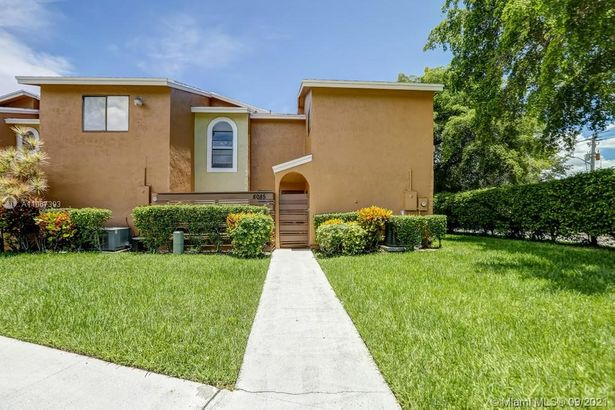 8085 NW 71st #8085