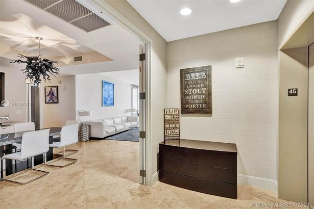 18201 Collins Ave #4504