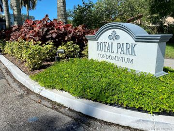 102 Royal Park Dr #4C, Oakland Park, FL, 33309,