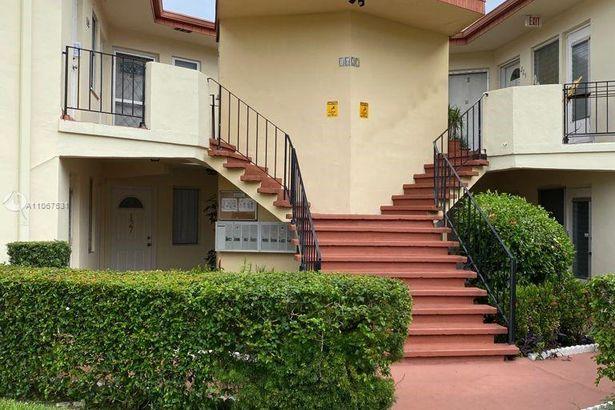 1627 NE Miami Gardens Dr #127