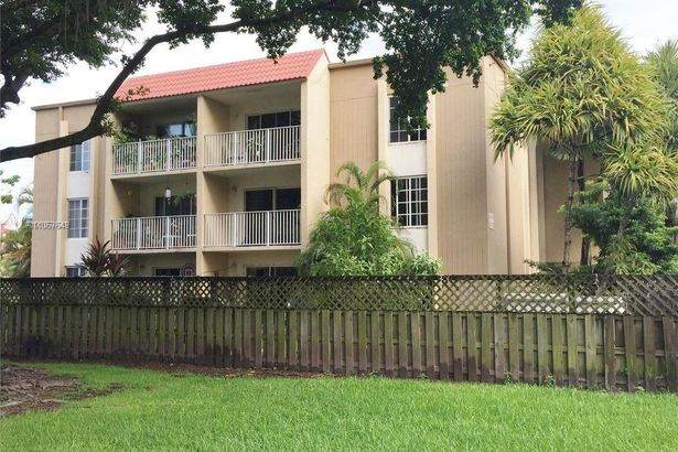 5112 NW 79 Ave #204