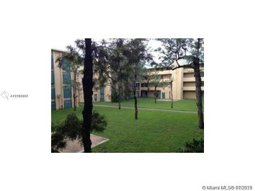 3600 NW 21st St #406, Lauderdale Lakes, FL, 33311,