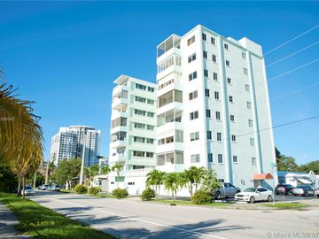 1700 E Pierce St #703, Hollywood, FL, 33020,