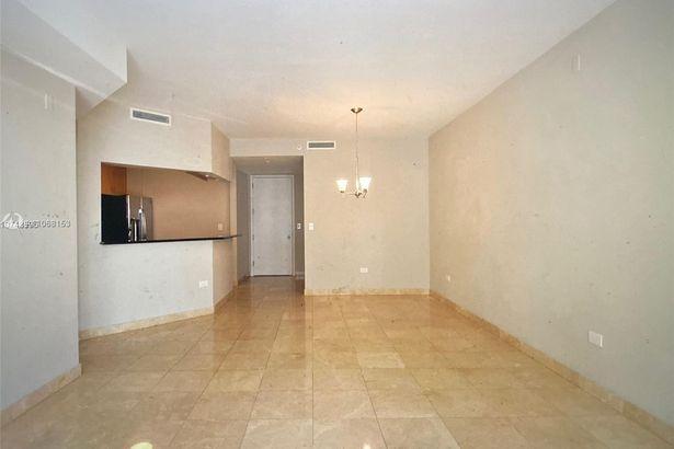 801 Brickell Key Blvd #807