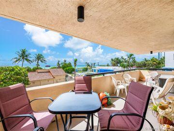 2555 Collins Ave #309, Miami Beach, FL, 33140,