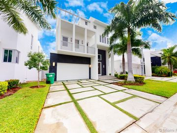 8237 NW 33rd Ter, Doral, FL, 33122,