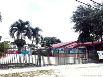 8282 NE 1st Ave, Miami, FL, 33138,