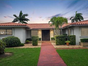 14121 Leaning Pine Dr, Miami Lakes, FL, 33014,