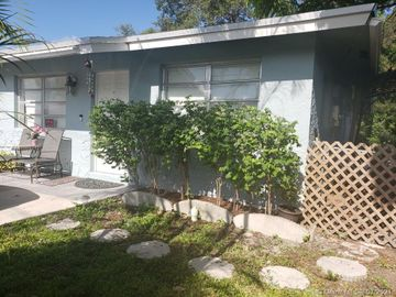 18 SW 7th Ave, Dania Beach, FL, 33004,