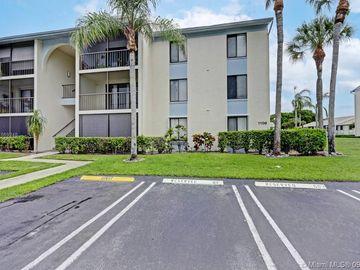 1106 Green Pine #H2, West Palm Beach, FL, 33409,