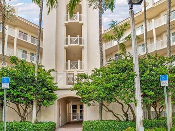 3600 Oaks Clubhouse Dr #209, Pompano Beach, FL, 33069,