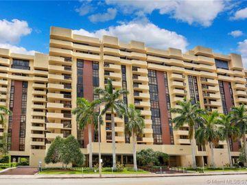 600 Biltmore Way #904, Coral Gables, FL, 33134,