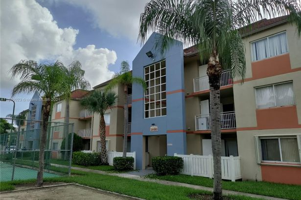 18850 NW 57th Ave #304