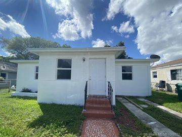1912 NW 67th St, Miami, FL, 33147,